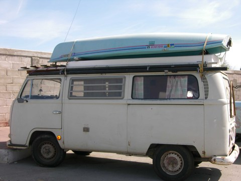 Van_with_kayak